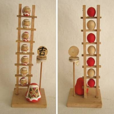 Daruma with Ladder
