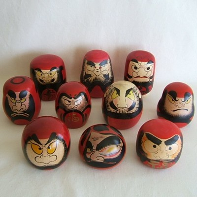 "Daruma Traditional ""Kokeshi"" SET w/Case"