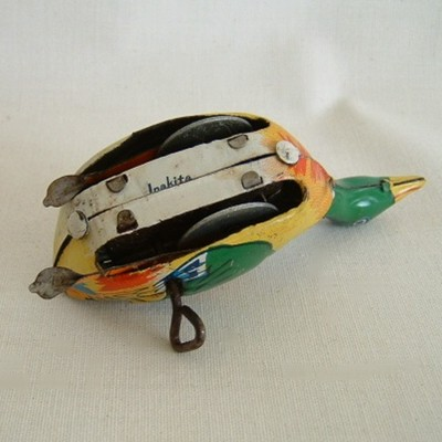 Inakita Tin Litho Wind-Up Duck