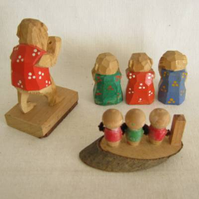 Monkeys Wooden Folk Crafts (Lot of 3)